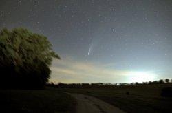 Komet Neowise am 18. Juli 2020 über dem Schellenberg in Donaueschingen