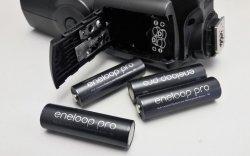 Das sind meine neuen Blitz-Akkus: Vier Eneloop Pro